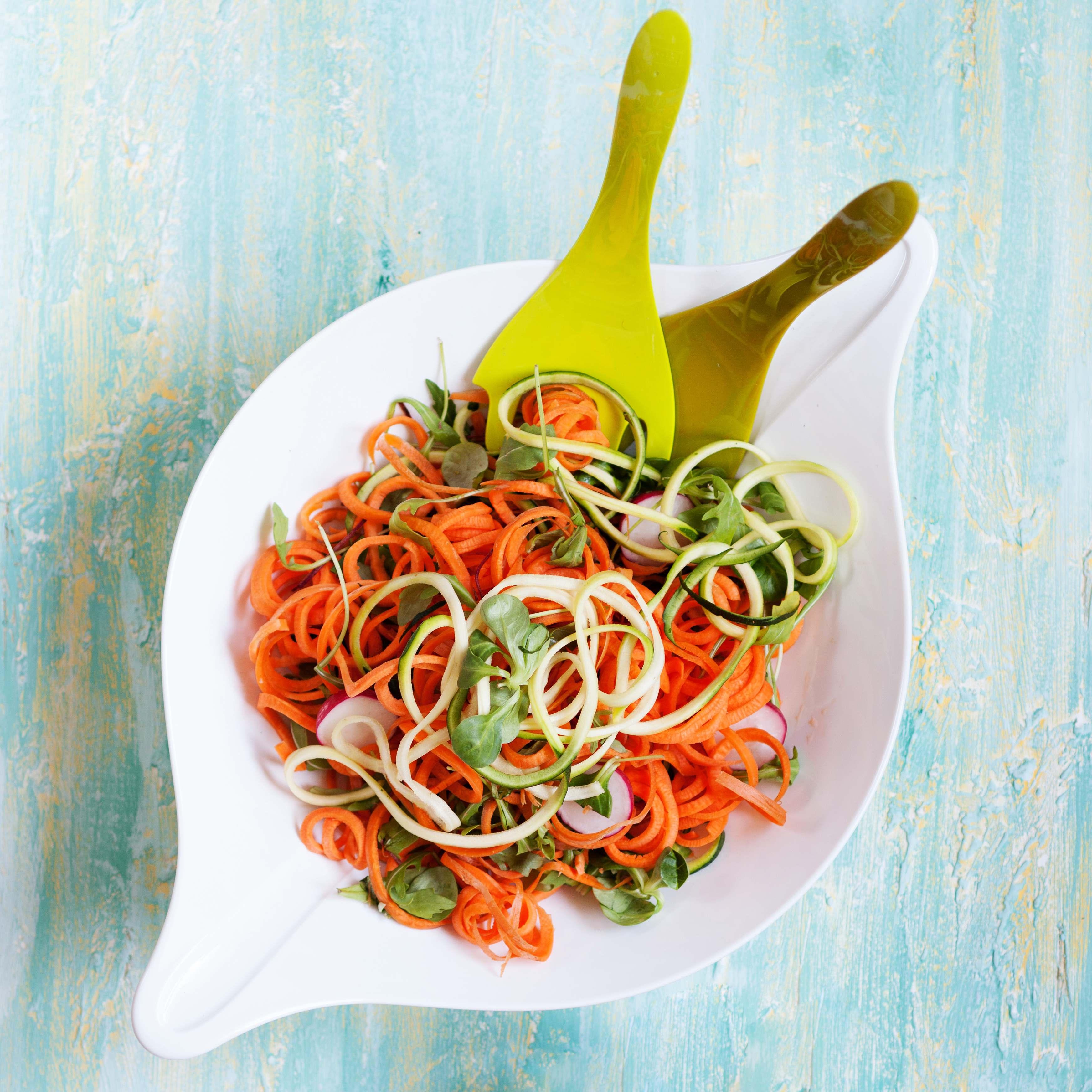 Salad Bowl Koziol Design 3 liter LEAF L+
